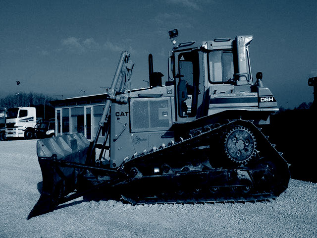 Bulldozer de 120 à 200 quintaux d'occasion