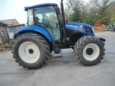New Holland T5 95 en vente par Commerciale Adriatica Srl
