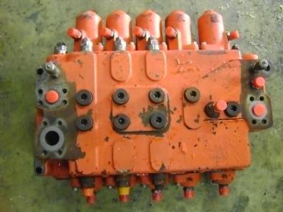 Distributeur hydraulique pour O&K (Orenstein & Koppel) RH6 PMS en vente par PRV Ricambi Srl