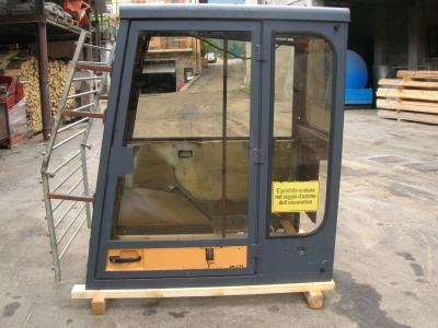 Cabine pour Case serie 88 en vente par PRV Ricambi Srl