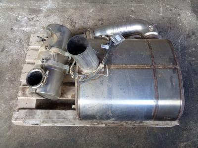 Pot d'échappement pour Case 721 F en vente par PRV Ricambi Srl