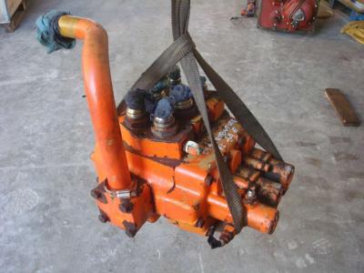 Distributeur hydraulique pour FL14E en vente par OLM 90 Srl