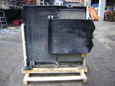 Radiateur pour Caterpillar 330 D en vente par PRV Ricambi Srl