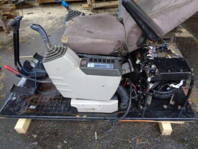 Pièce détachée cabine pour New Holland Serie E en vente par PRV Ricambi Srl