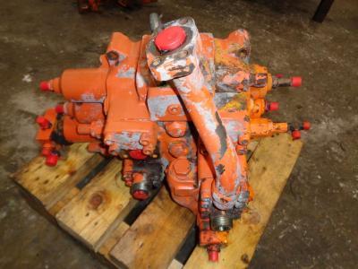 Distributeur hydraulique pour Fiat Hitachi Fr 220.2 en vente par PRV Ricambi Srl