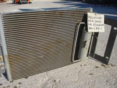 Radiateur climatisation pour ZAXIS 210-3 en vente par OLM 90 Srl