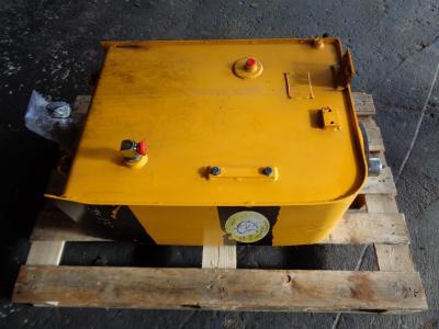 Réservoir de huile pour JCB JS 130 en vente par PRV Ricambi Srl