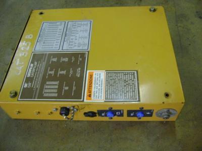 Boîte de jonction pour Caterpillar 325 B en vente par PRV Ricambi Srl