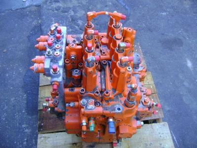 Fiat Hitachi Distributeur hydraulique en vente par PRV Ricambi Srl