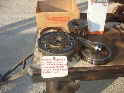 Moteur hydraulique de translation pour Case CX 210 en vente par OLM 90 Srl