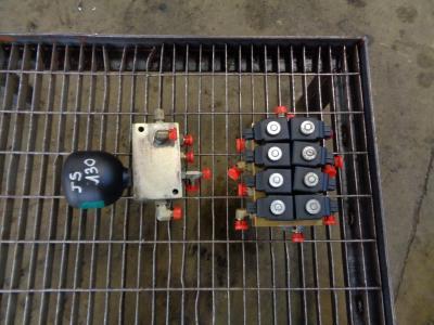 Électrovalve pour JCB JS 130 en vente par PRV Ricambi Srl