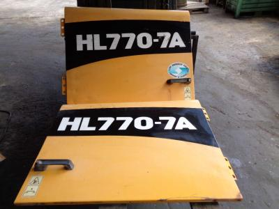 Capot pour Hyundai 770-7A en vente par PRV Ricambi Srl