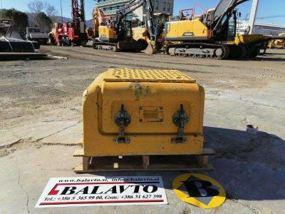 Volvo Used covers and doors for excavator Volvo EC210B en vente par Balavto